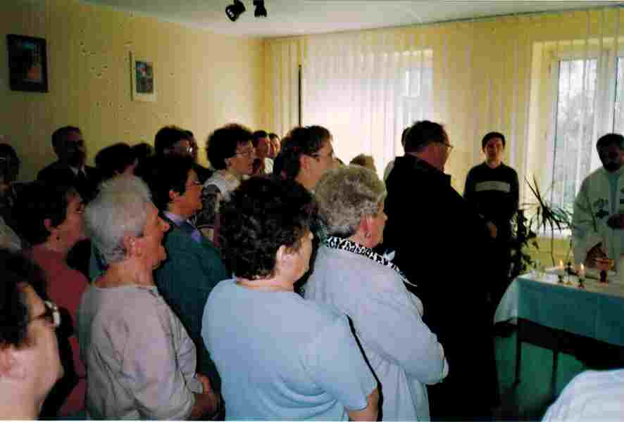 Pomieszczenie fizykoterapii zaadoptowane dla potrzeb liturgii